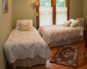 Oleary's B&B | Room 3 | Two Charming Twin Beds